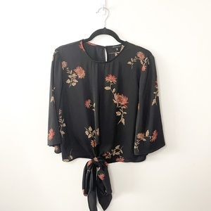 Dynamite Tie Front Floral Blouse Size Small